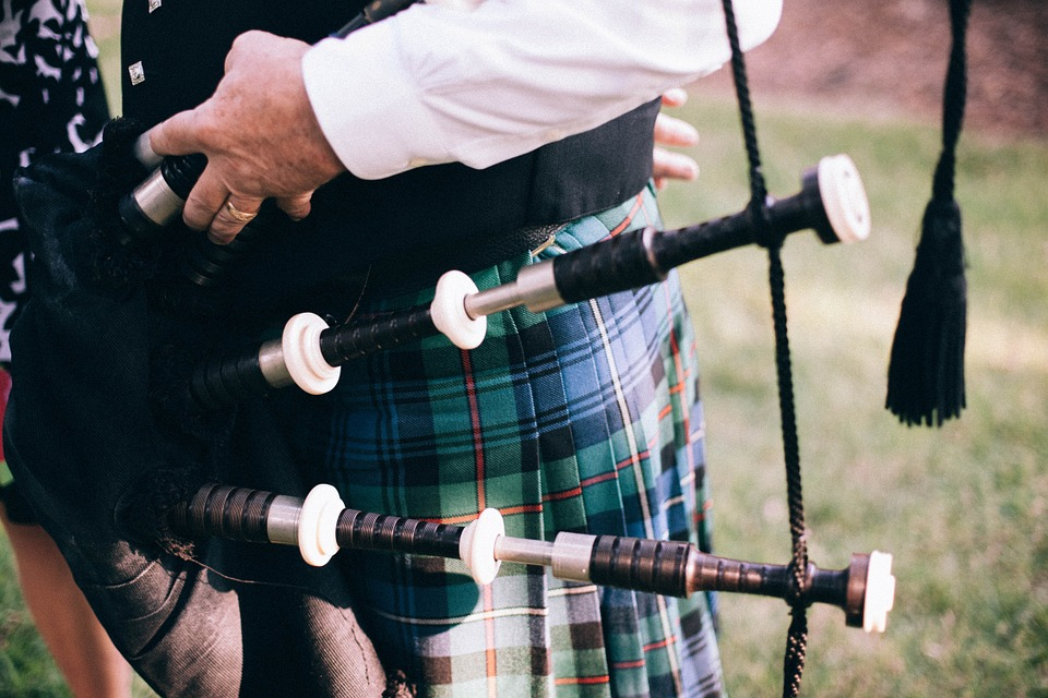 Image used under a Collective Commons License from https://www.maxpixel.net/Feet-Bagpipe-Scotsman-Scot-Scottish-Uilleann-Pipes-349715
